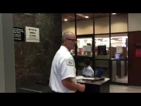 Maui Courthouse security tries to stop photography, Sheriff knows the law.