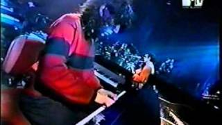 L. A. Spinetta  - 04. Fuji  (Mtv unplugged) thumbnail