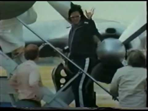 Elvis Presley arrives at the Syracuse, NY airport - news footage - 7/26/76