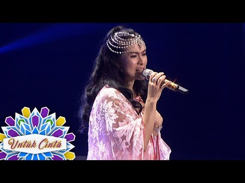 Teh Iis Dahlia  Cantik Banget Pas Nyanyi Wulan Merindu  - Untuk Cinta (1/9)