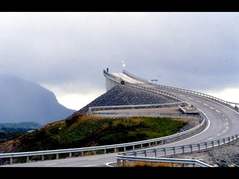 (HD) WONDROUS DRIVE Through Atlantic Ocean Road NORWAY