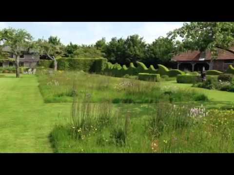 Le Jardin Plume meadows