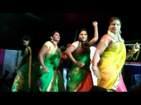 Beautiful Half Saree Girls Super Dance Performance On Stage || Telugu Songs Dj Remix Recording Dance
