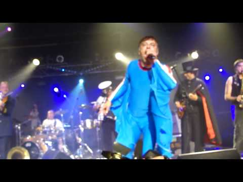 Intro. Emir Kusturica & The No Smoking Orchestra, Moscow, 17-10-2010