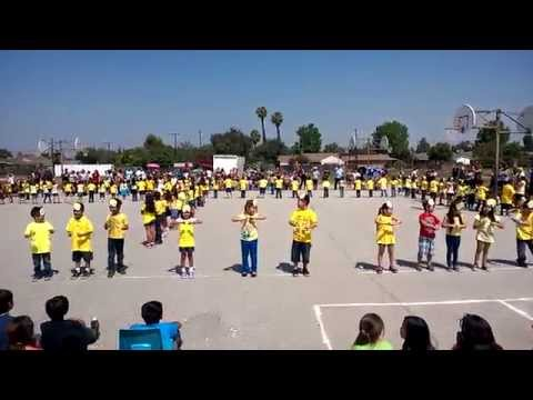 Castillo Twins Dancing HAPPY @ Rio Hondo Elementary School Kindergaten
