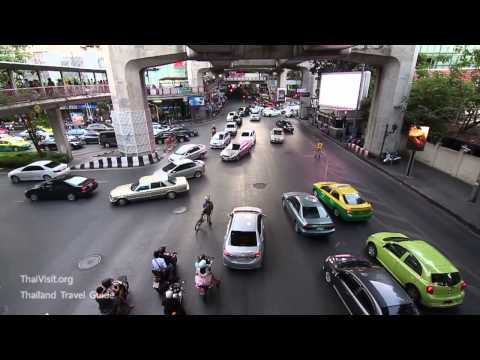 Skywalk Bangkok , Walking from Siam to Central World - Thailand Travel Guide