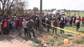 Download Video Asciende a 73 la cifra de muertos en explosión por robo de gasolina en México MP3 3GP MP4