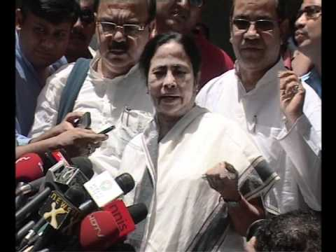Mamata insists SP is backing Kalam by  www.stuff2india.com.wmv