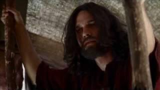 رجم الزناة من فيلم الوصايا العشر (موسى عليه السلام)