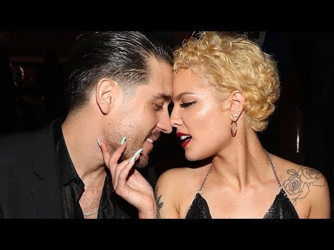 Halsey GRABS Boyfriend G Eazy by the Junk During Super Sensual SNL Performance