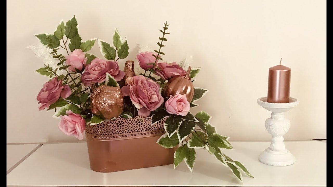 Stroik Na Cmentarz Z Dynią Ozdobną Kompozycja Nagrobna Ze Sztucznych Kwiatów