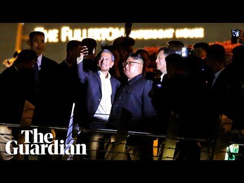 Kim Jong-un has night tour of Singapore … and a selfie