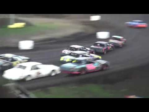 IMCA Hobby Stock feature Benton County Speedway 7/22/18