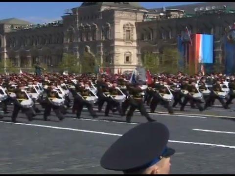Москва, Красная площадь. Генеральная репетиция Парада Победы