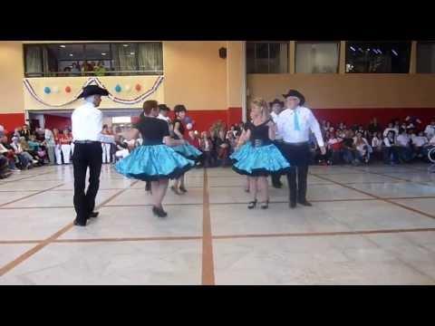 ROCKIN' FAMILY's  SQUARE DANCE DEMONSTRATION