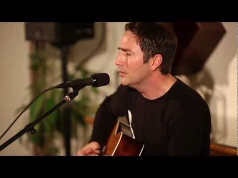 Keith Sewell | LR Baggs Lyric Acoustic Microphone