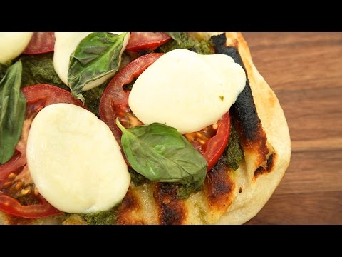 3 Grilled Pizza Recipes | Good To Grill