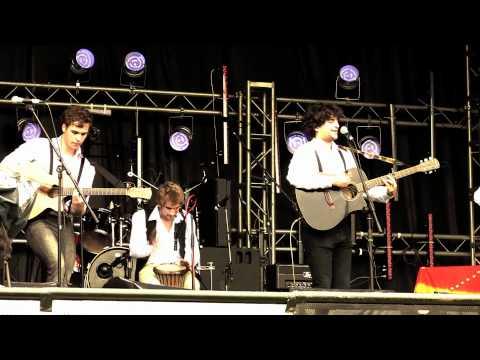 Burleigh Circus - Camden Blues @ Freefest 2011