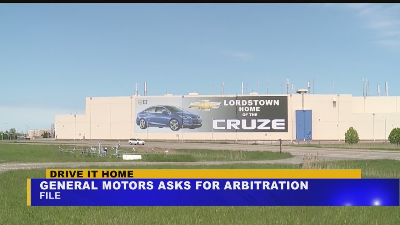 GM asks for arbitration in UAW job transfer lawsuit