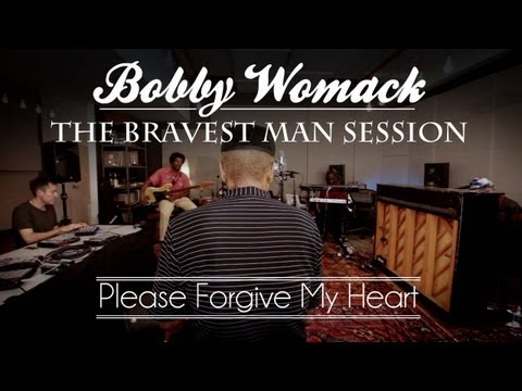 Bob Womack & Damon Albarn Perform Please Forgive My Heart  2 of 4