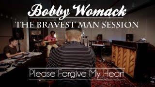 "Bobby Womack & Damon Albarn Perform ""Please Forgive My Heart"" - 2 of 4"