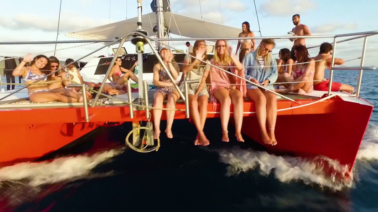 video Tongarra Whitsundays Sailing Tour 2 Day/2Night