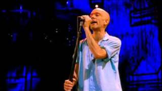 """Country feedback"" by R.E.M. live."