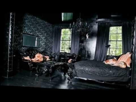 Gothic Bedroom Decorating Ideas