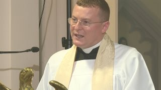 Our Lady and Tradition: Sermon by Fr John Chandler.  A Day With Mary