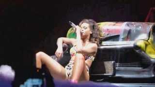 Gambar cover Rihanna   Man Down Live