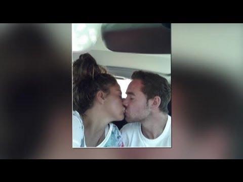 Katie Price and Kieran Hayler Smooch in Post-Birth Twitter Snap - Splash News | Splash News TV