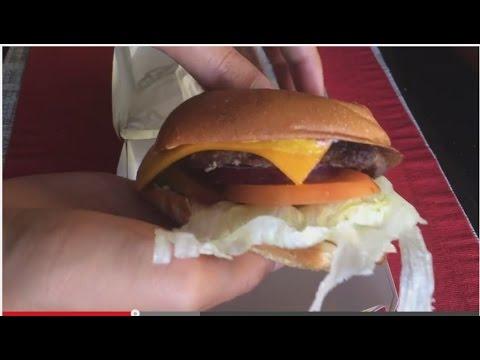 Carl S Jr Single All Natural Burger