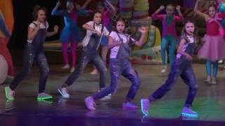 «Dance (Can't Stop The Feeling)» - «Новогодний карнавал 2017»