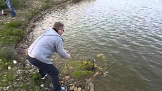 Рыбалка. Новый пруд в Татарке. Ставропольский край.(, 2016-05-06T05:19:22.000Z)