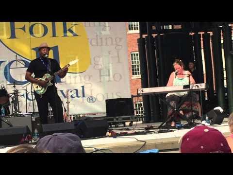 Super Chikan & the Fighting Cocks - Ain't Nobody - Live @ Lowell Folk Festival 7/25/15