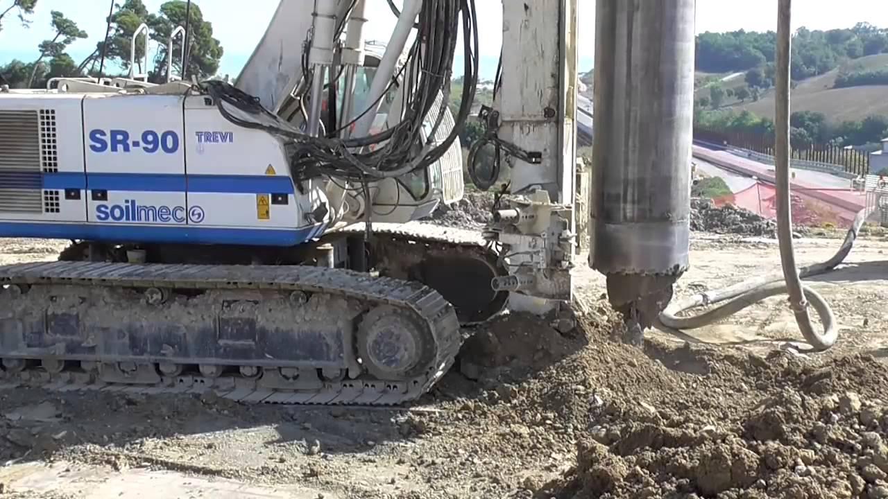 Drilling Equipment Soilmec R 825 Sr 90 Amp Sr 100 Cased