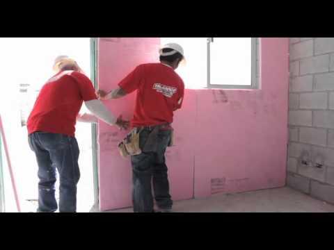 Aislamiento foamular con tabla de yeso youtube - Como aislar una pared del ruido ...