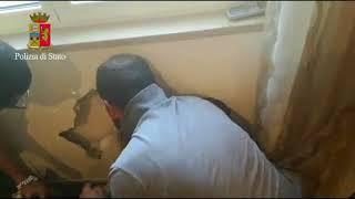 Bari, trovato 1 milione di euro nel muro in una casa di Japigia