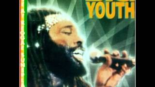Big Youth   Live At Reggae Sunsplash 1984   02   Every Nigger Is A Star