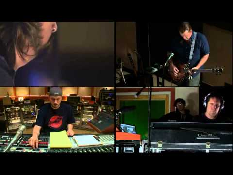 Mantra (with voice) - Dave Grohl, Josh Homme, Trent Reznor [Sound City: Real To Reel]