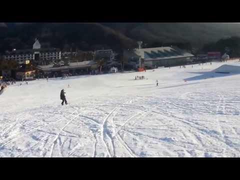 Snowboard turn practise