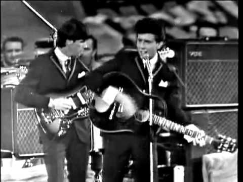 The Hollies - Just One Look live in 1964 at the N M E Concert