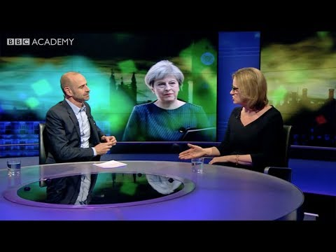 Evan Davis: How to interview politicians