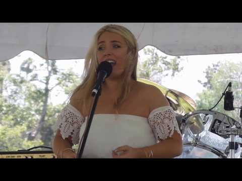 Chloë Agnew  5 Rattlin Bog   @ Irish Fair and Music Festival 61117