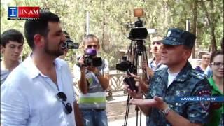 Իսպանահայ բանագնացը Բաղրամյան պողոտայում բանակցում է Վալերի Օսիպյանի հետ