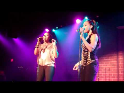 AN ARIA BY CINDY AND TERRY OF ENVOGUE..............AMAZING!!!!!!!!!!