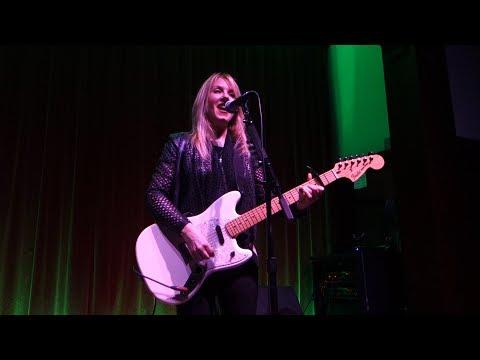 Liz Phair - Love Song – Live in San Francisco