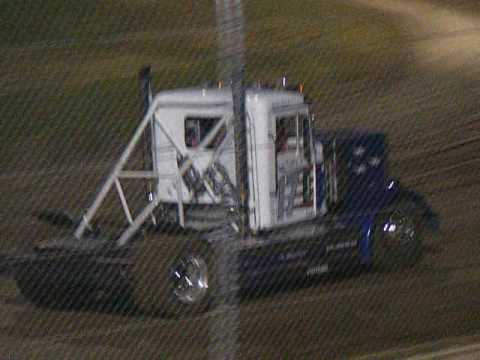 Rolling Thunder Big Rig Racing Willamette Speedway 5/28/16 Part 2