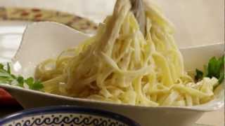 How To Make Easy Alfredo Sauce