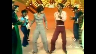 Soul Train Line 1974 (Earth, Wind & Fire - Mighty Mighty)